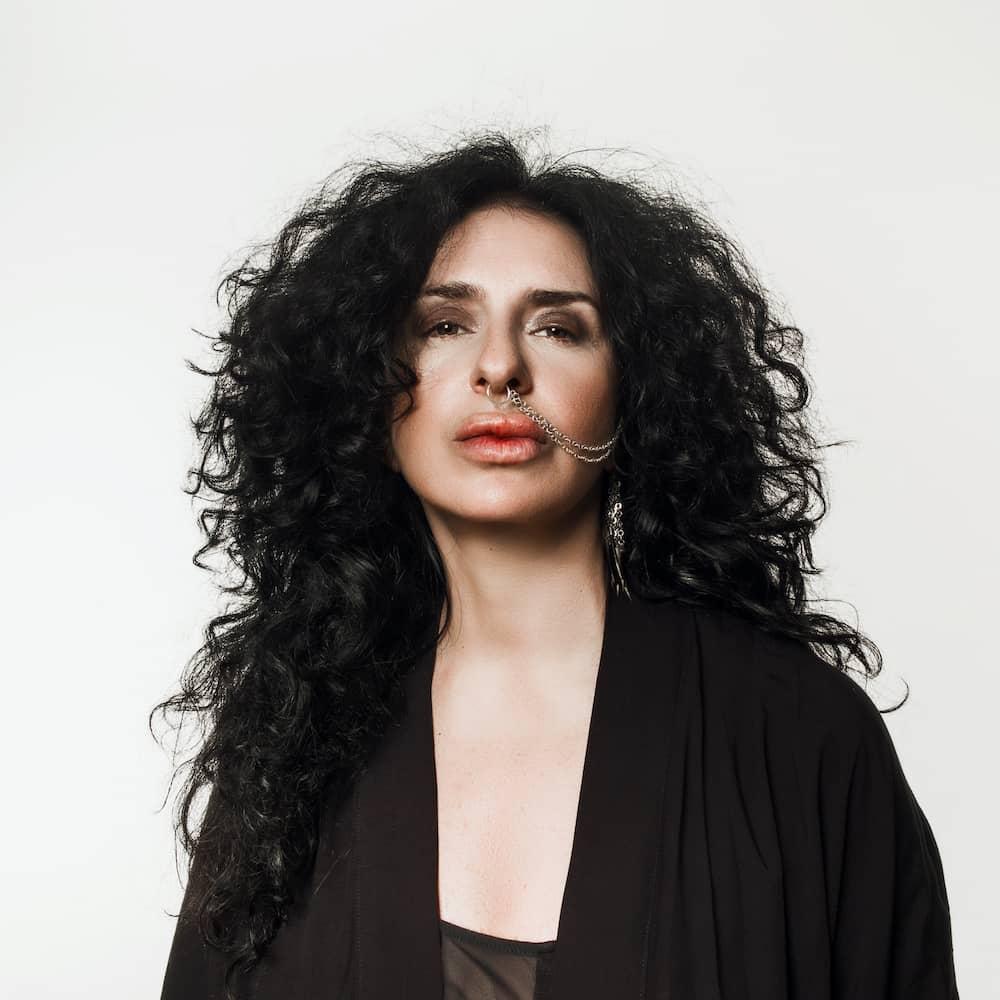 Nicole Moubader femme DJ et productrice, boss du label Mood Records
